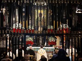 Modlitwa w łączności z papieżem i sanktuariami świata